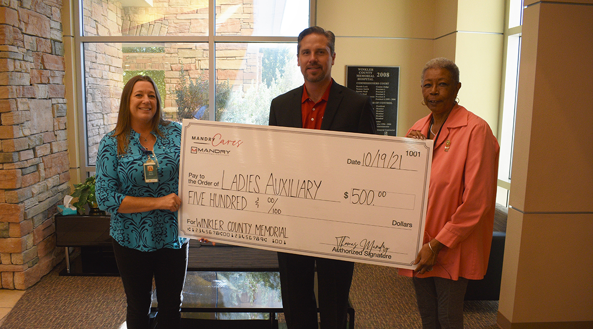 Winkler County Memorial Hospital makes Mandry CARES donation to Ladies Auxiliary
